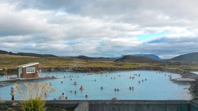 Jarðböð am Myvatn See in Island