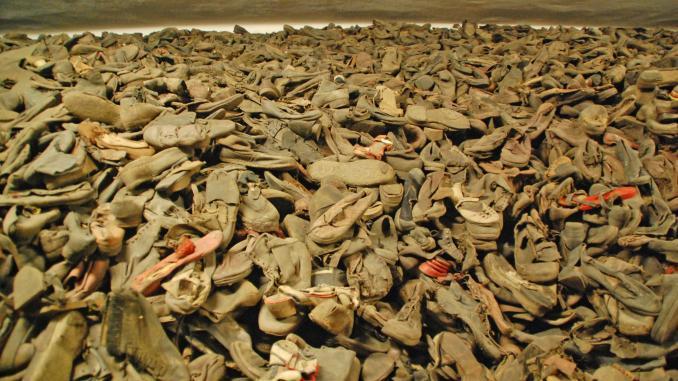 Zurückgelassene Schuhe Auschwitz
